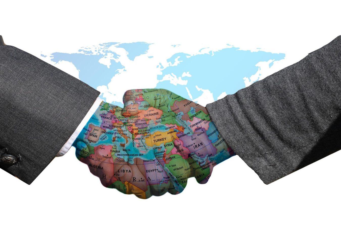 handshake-3200298_1920